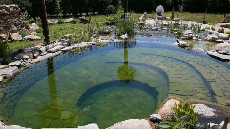 Ce bassin de baignade 100% naturel, inauguré en 2015, a été construit dans une propriété du Finistère. La vidéo retrace toutes les phases de sa réalisation commentées par Camille Boderiou, la paysagiste de Paysages Vivants …