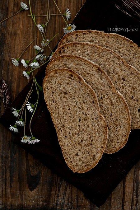 Chleb z prażonymi płatkami owsianymi (na zakwasie)