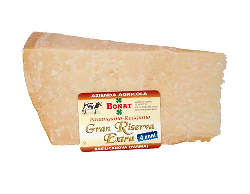 The best Parmigiano Reggiano of Italy ,from Bonat Farm, aged for 4 years,vacuum packed, 1 piece 1 kg with a cotton freshness sack. http://bit.ly/1R00FYT