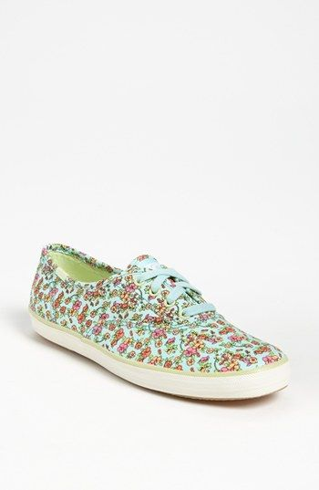 sale retailer 3f202 aa36a So cute Floral Keds