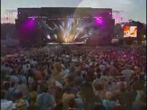 Alan Stivell Festival des Vieilles Charrues 2000 - YouTube