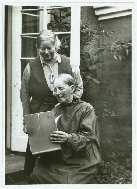 Painter Anna Ancher with her daughter Helga