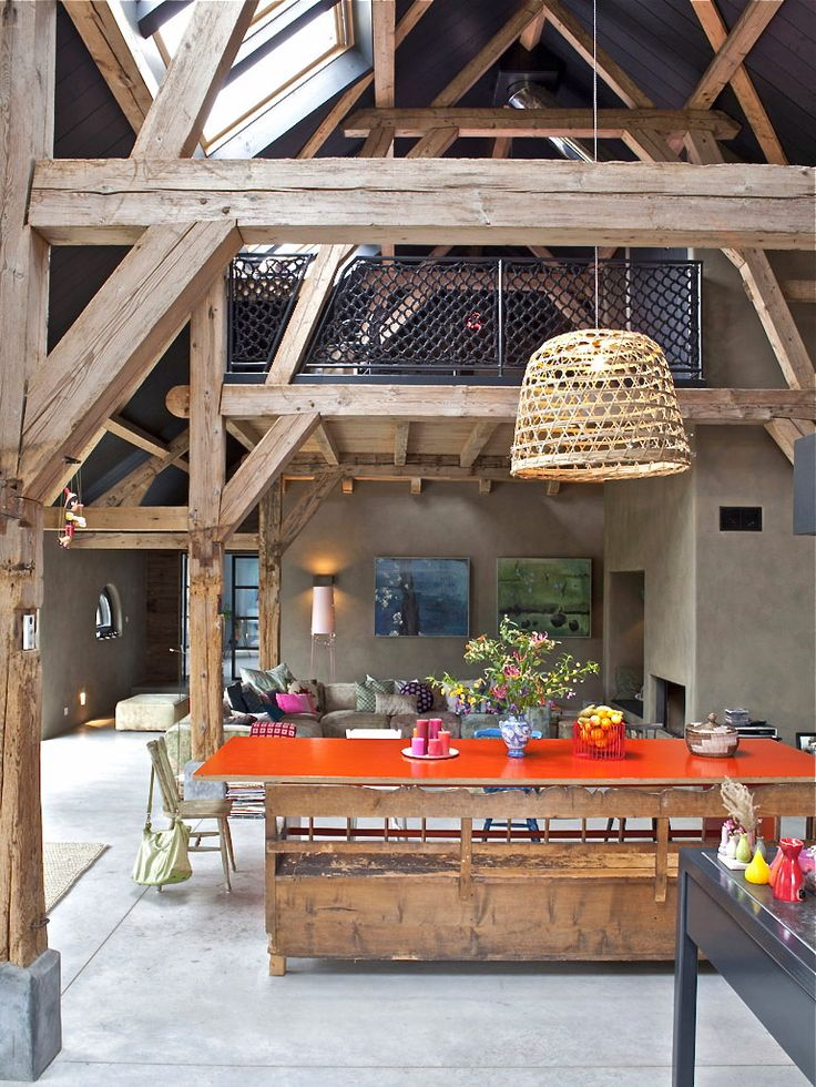 Farm table with a modern edge- thanks to that colored top.