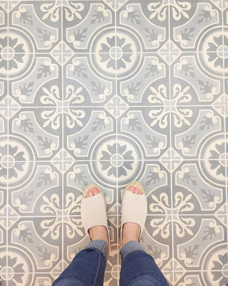 "781 Likes, 6 Comments - Cement Tile Shop (@cementtileshop) on Instagram: ""Up close with the in stock Lourdes pattern from the Pacific Collection. #Repost @erinhinkley ・・・…"""