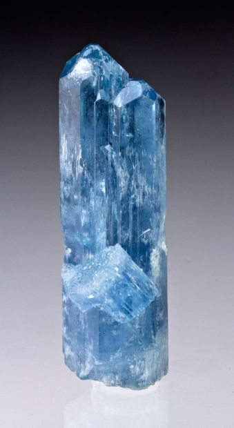 Gorgeous blue gemmy Aquamarine from Thuong Xuan District, Thanh Hoa Province, Vietnam
