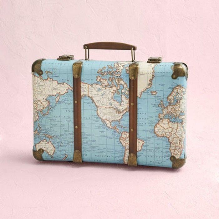 Vintage Koffer Around The World