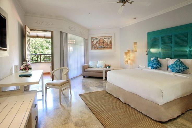 Sol Beach House Bali Benoa Menerima Penghargaan Super Platinum Tri Hita Karana