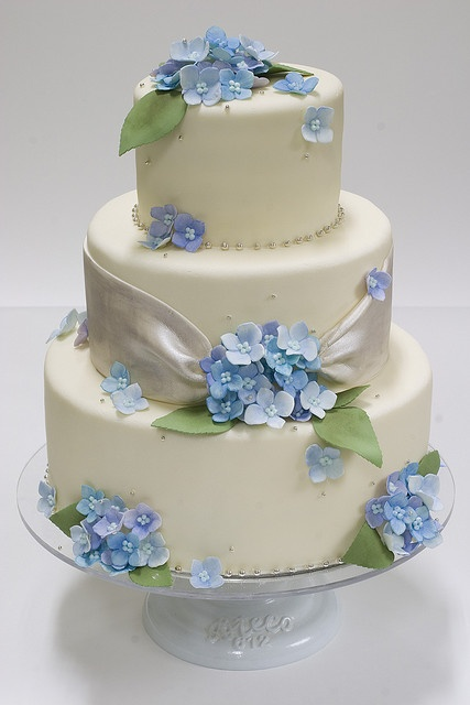 Blue Hydrangea Wedding Cake