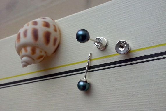 Handmade earrings freshwather Pearl and sterling by TommyDark