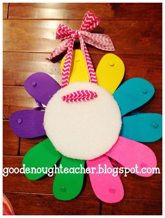 Good Enough Teacher: DIY Flip-flop Wreath Tutorial