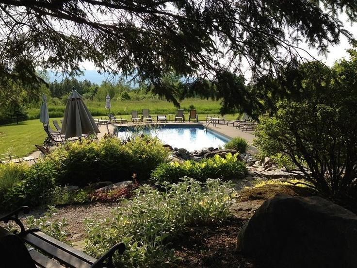 Our outdoor pool / notre piscine extérieure
