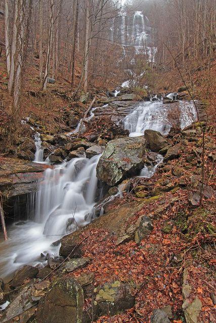 Amicalola Falls, and cascades, Amicalola Falls Creek, Amicacola Falls State Park, Dawson County, Georgia 1 by Alan Cressler, via Flickr