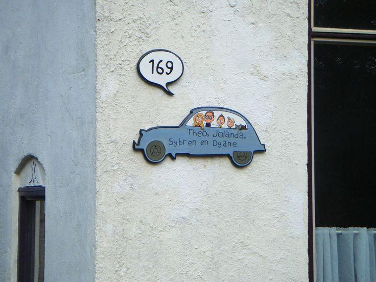 Naambord ontworpen door Annie Warhoofd