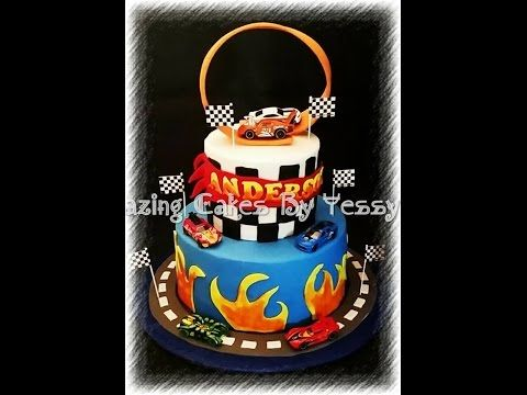 hot wheels race track cake/ pastel de pista de carreras hot wheels - YouTube