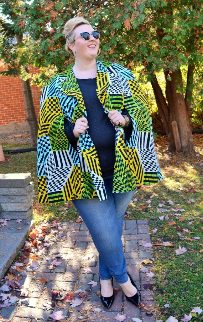 Today, we share with you a fun, edgy, bold fashion blogger from Quebec, Flight of the Fat Girl!