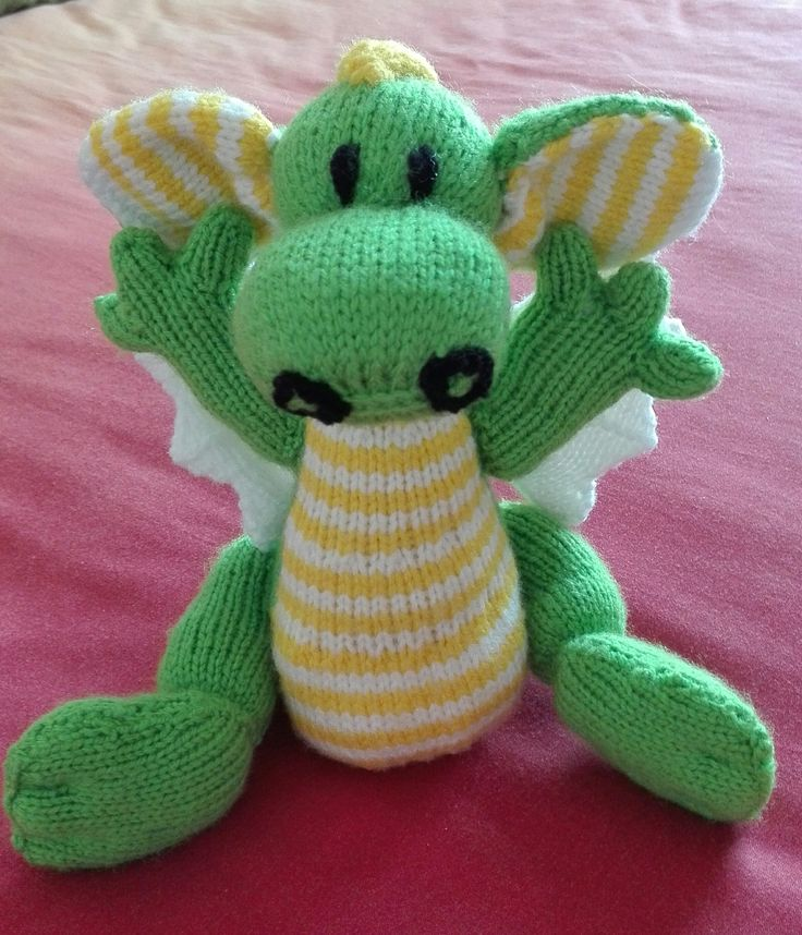 Knitted dragon for Mom - front view