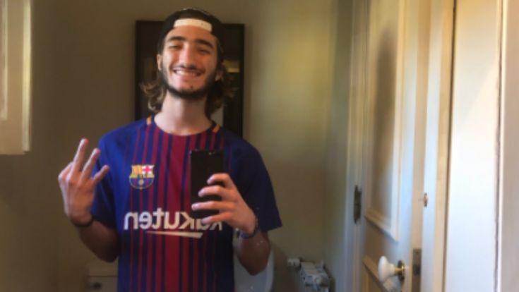 El hijo de Mourinho la vuelve a liar en Twitter con una camiseta de Messi