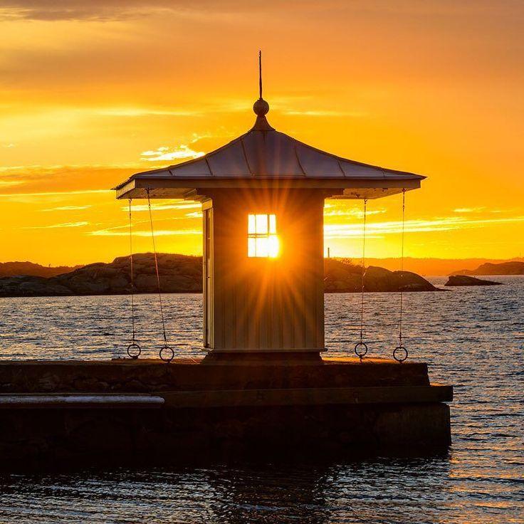 Brottkärr Gothenburg Sweden. 20 September 2015. #sunset #swedenmoments #bestofscandinavia #sweden #visitsweden #visitgoteborg #visitgothenburg #mikaelsvenssonphotography #gothenburg #göteborg #älskagöteborg #thisisgbg