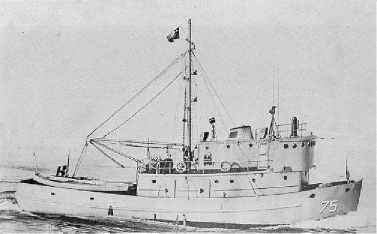 Botado al agua el 20 de abril de 1966, entregado oficialmente a la Armada el 02 de julio de 1966. El 19 de junio de 1998, en Punta Arenas, se dio de baja del servicio al patrullero WPC Marinero Fuentealba..