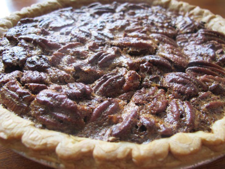 pecan and chocolate chip pie -  po' man meals (pomanmeals.com) #dessert #recipe: Chips Pecans, Chocolate Chips, Desserts Recipes, Chocolate Pecan Pies, Chocolate Pecans, Chocolates Chips Pies, Chocolate Chip Pie, Choc Pecans, Chocolates Pecans Pies