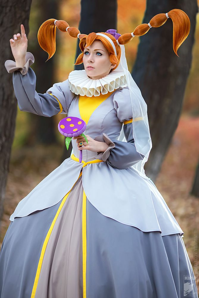 I love seeing cosplay from more obscure things like Thumbelina (I'll remember sun by Ryoko-demon)