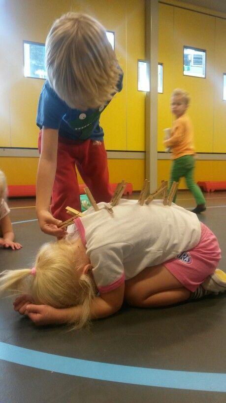 Spel speellokaal: Egel, hoeveel stekels heb jij?