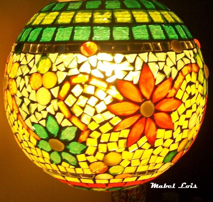 bocha de vidrio con venecitas y vidrio de colores