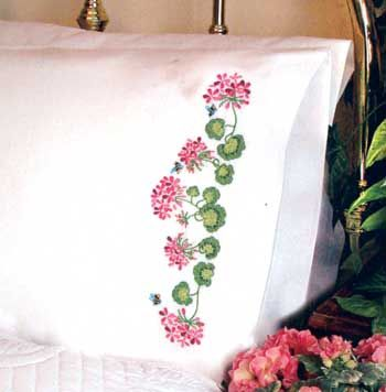 Nordic Needle is a global supplier of embroidery supplies with a mission to preserve heritage embroidery techniques through education and promotion so that ... & 295 best Bor. Cojines images on Pinterest | Cushions Embroidered ... pillowsntoast.com