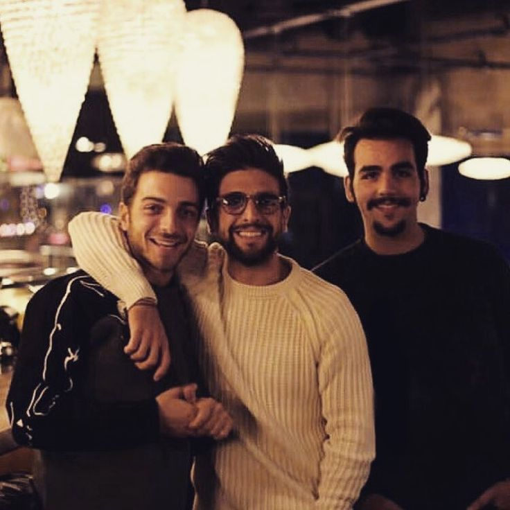 Repost ilvolomusic Anything is better wearing a smile.  #ilvolo #ilvoloteam #ilvolofamily #smile #happyness #happy #team #friends #friend #friendship #instagood #instafriends