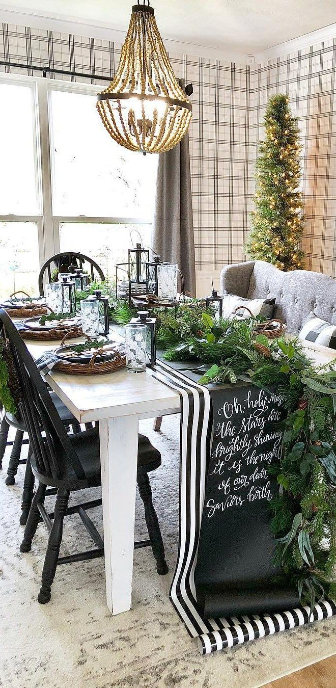 Christmas Tablescape Ideas Holiday Table Settings Holiday Table Settings Christmas Table Settings Rustic Christmas Dining Table