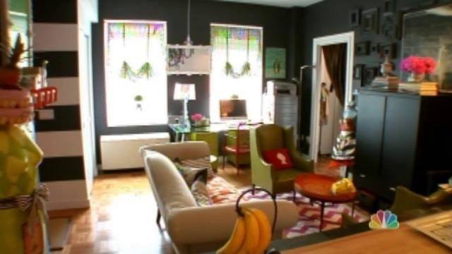 Open House NYC - Living in a Nutshell. Video by Janet Lee.    http://vimeo.com/29636487