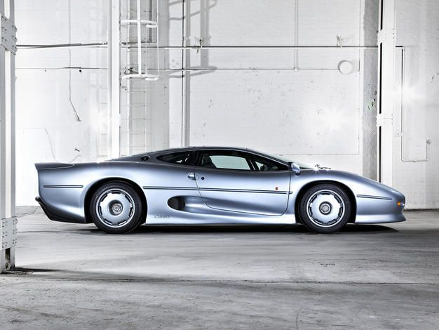 jaguar-xj220-buying-guide-review-1993-1994-4883_12395_640X470.jpg (626×470)