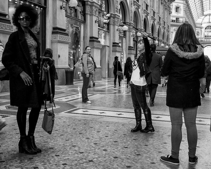 https://flic.kr/p/rYFnxw | Milano in BW, serie 2015 | Leica M Monochrom & Zeiss Biogon ZM 25mm/f2.8