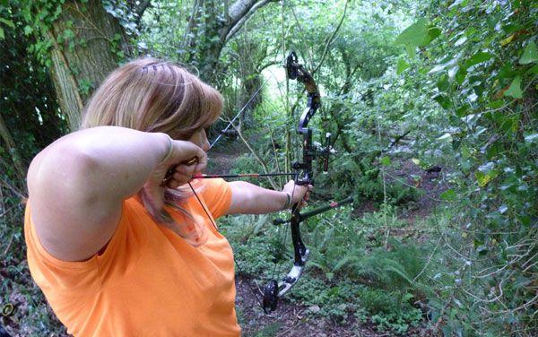 Tiro con Arco Los Valles. Campo deportivo permanente de tiro en 3D, recorrido de bosque. Caza con arco.