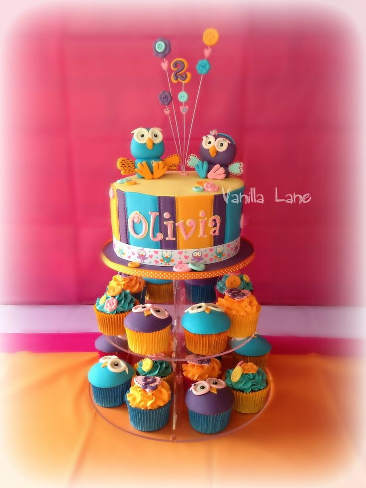 Hoot and Hootabelle cake & cuppies