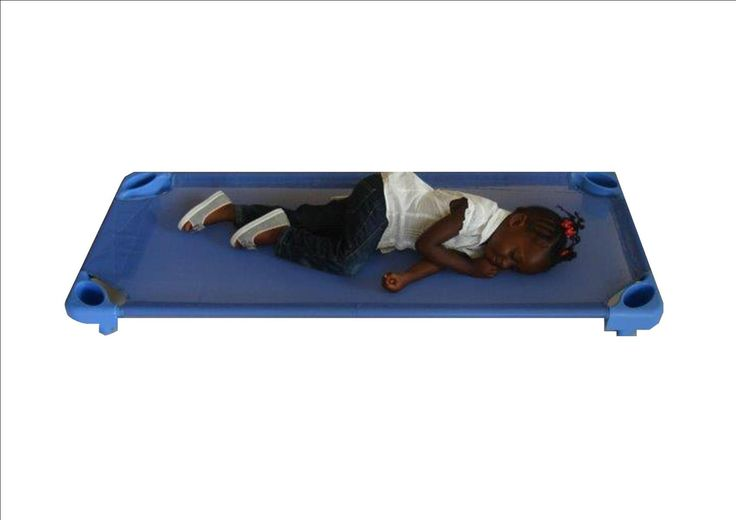 Stackable Cots / Per4mer Stakable Kids beds