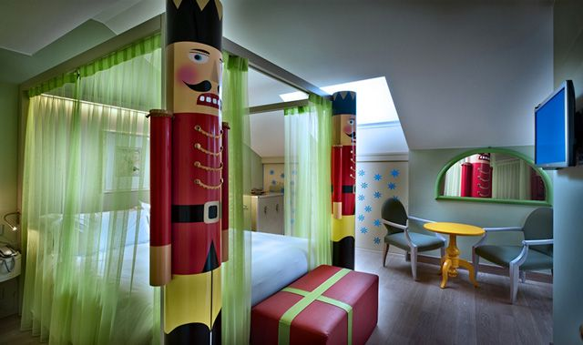 Chateau_12_Monfort_5_Star_Hotel_Milan-(1)