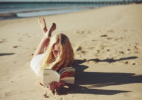 wishing that was me ;): Books, Beaches, Favorite Place, Beach Reading, At The Beach, Summer Reading, Reading Lists
