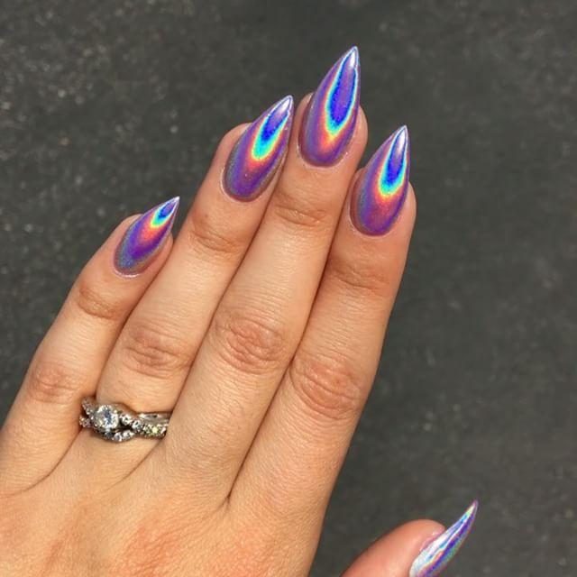 Nails Hologram Coffin Chrome