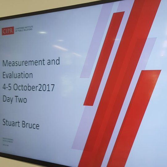 Day two of @cipr_uk PR measurement and evaluation with a fantastic group of private and public sector delegates #ciprlearn