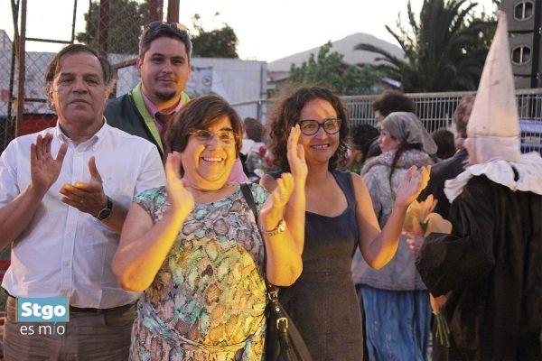 Teatro de Silencio en Conchalí con la presencia de Ana Carolina Arriagada y Antonieta Saa,  #StgoesMío