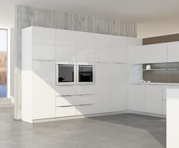 Valencia. Open Collection. Colour touches for creative geometry. Design by R&D Center. #kitchen #design #white #modern