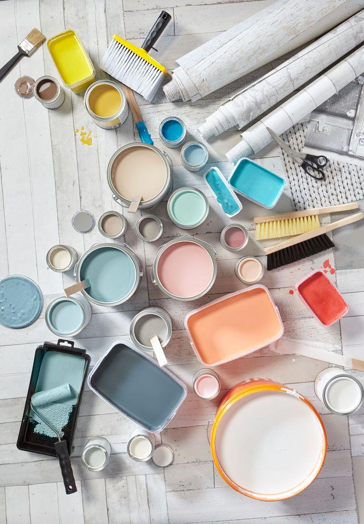 Kwantum komt goed uit de verf! We hebben onze verf laten testen op dekkracht en schrobvastheid en  garanderen A-kwaliteit. Vind je nèt jouw kleur niet tussen onze ruim 35 verschillende kleuren? Dan mengen we het graag voor je in één van onze winkels. #verf #mengverf #kwantum #opdemuur #aandeslag #muur #kleur