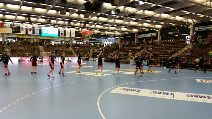 Warmmachen vor dem EHF Cup Finale