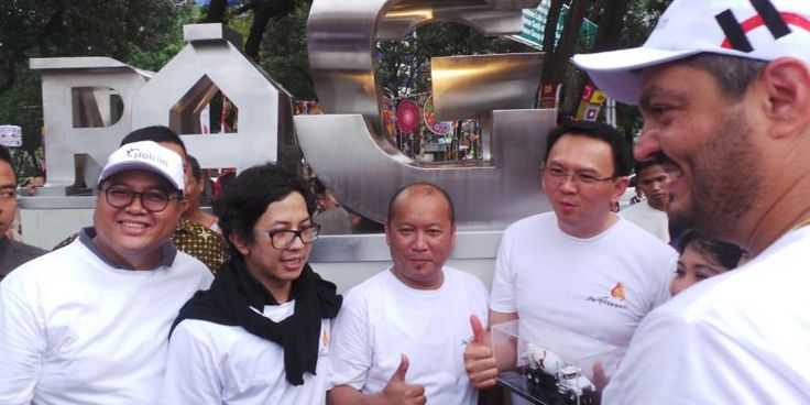 "Saya jamin kalau saya keluar dari sini sejak Oktober 2017, saya jamin kamu sudah lihat sistem Jakarta yang berubah,"" kata Basuki atau Ahok di Balai Kota DKI Jakarta, Senin (1/8/2016)."