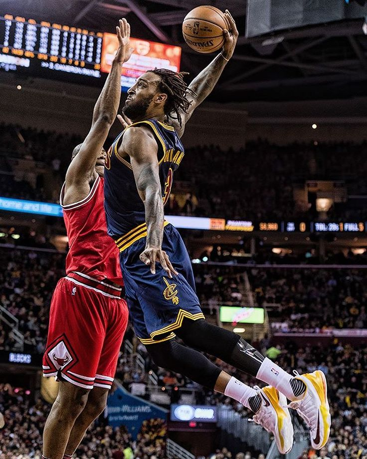 Last night's #CavsBulls recap is live on cavs.com! 👀 (at Quicken Loans Arena)