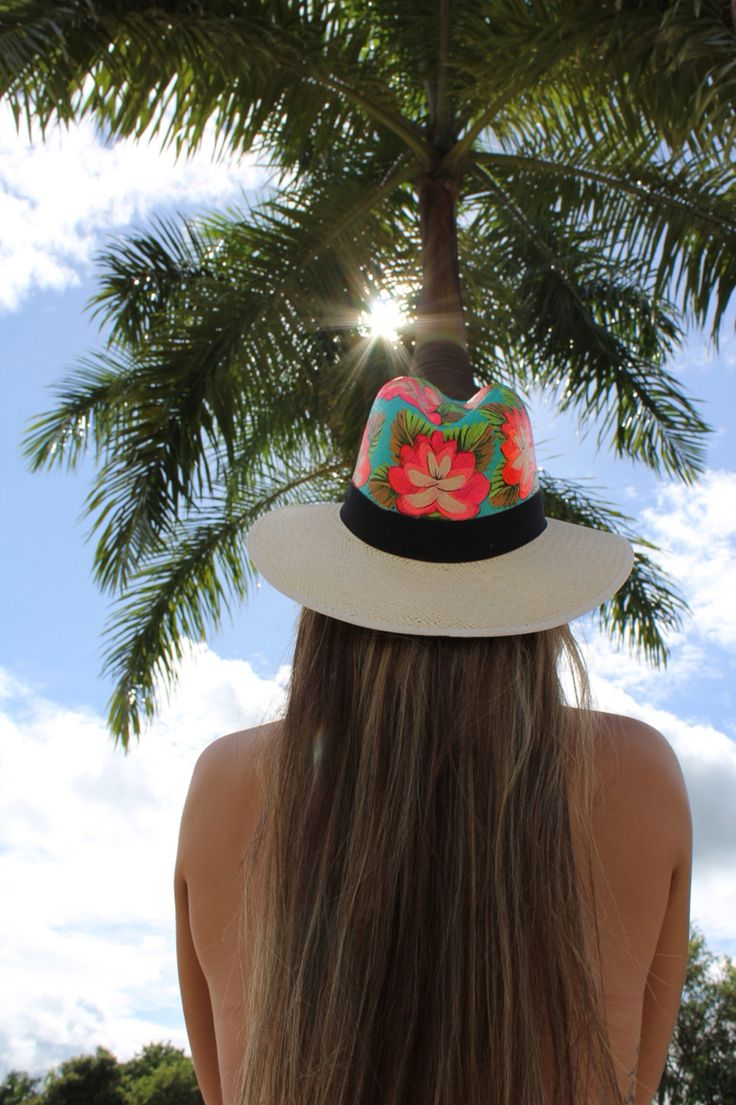 Sombrero Pintado a Mano..! #HandMade INSTAGRAM :@vicky_silvap FACEBOOK: Simbreros VickySilva CEL: +57 317-294-3383