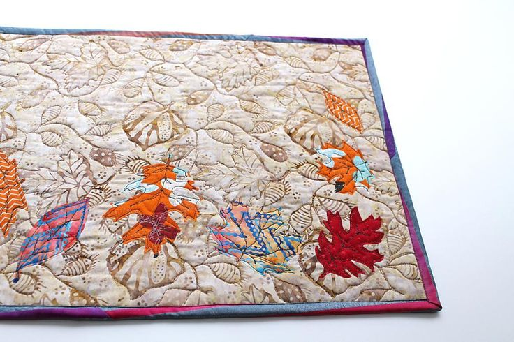 (7) Name: 'Quilting : Autumn Leaves Table Runner Applique