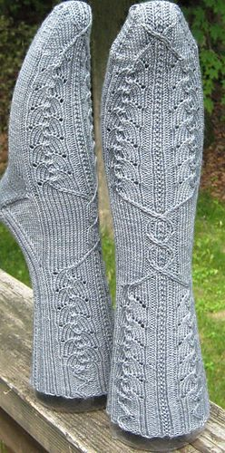 Ravelry: Moses Supposes His Toeses Are Roses pattern by Heidi Nick