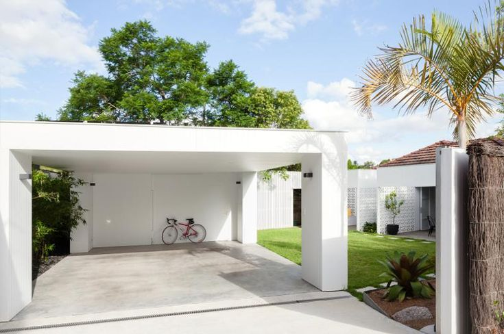 Sydney Based Architect Prineas Has Redesigned Breeze Block House Turning It  Into A Modern And Open House. The Breeze Block House Was .